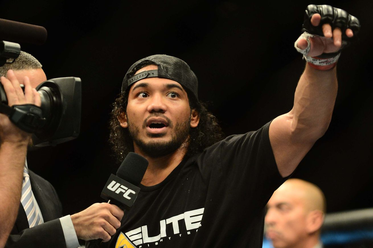 community news, Former UFC champ    and current Bellator MMA star    Ben Henderson reveals plans to join a military