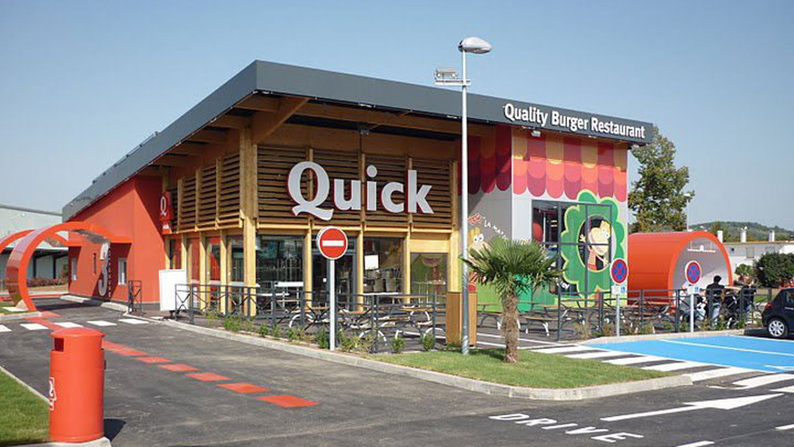 Fast food is 39 strangling traditional restaurants 39 in for Cuisine quick