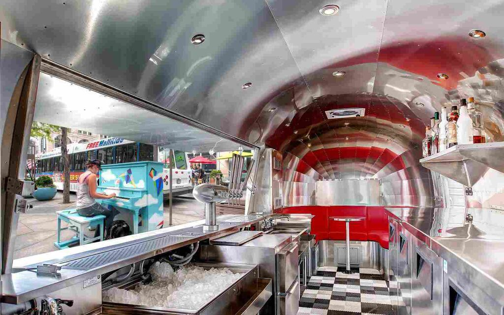 Are mobile cocktail bars the next food trucks eater for Bar americano nyc