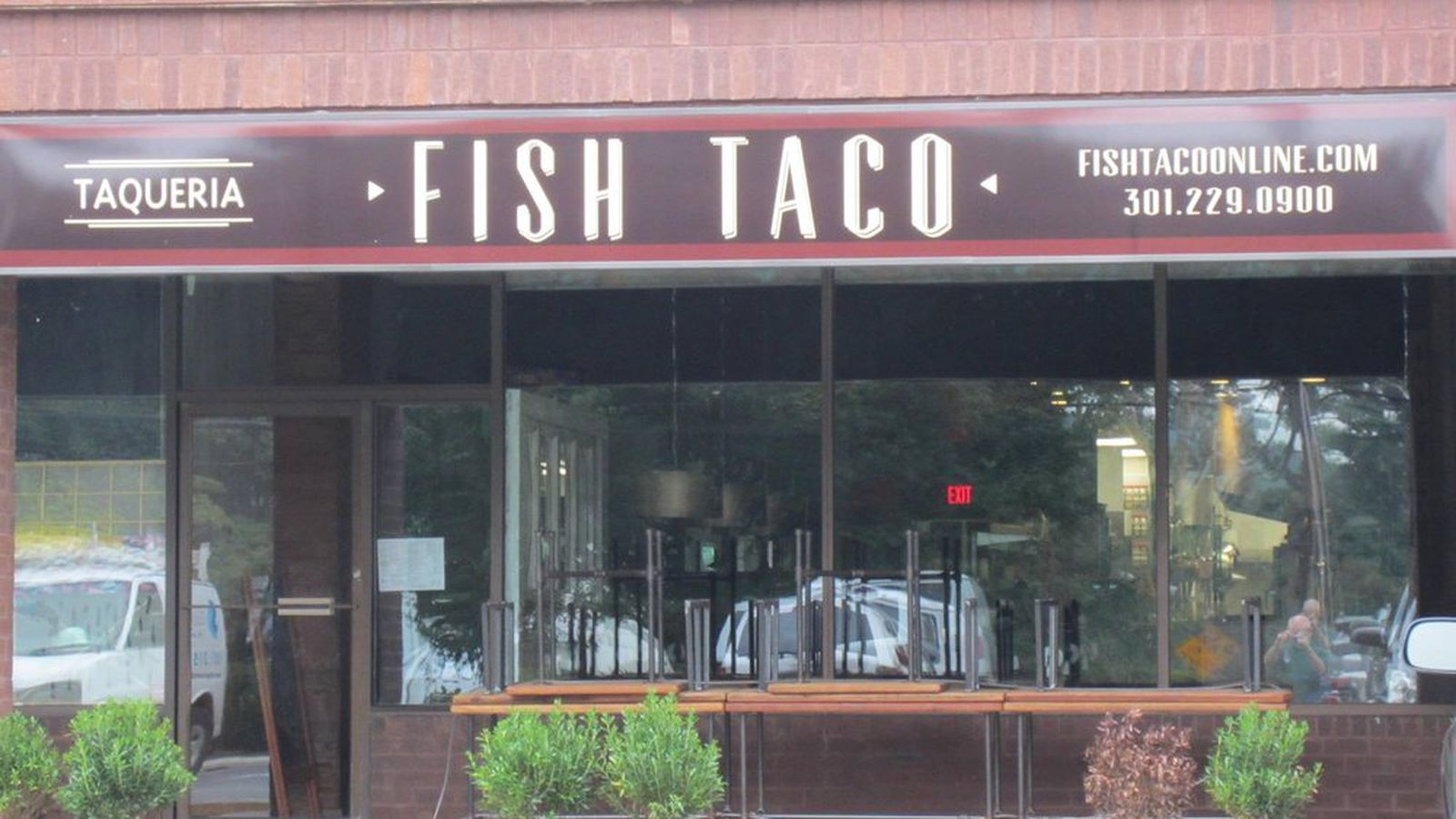 Fish taco now open in bethesda eater dc for Fish taco bethesda md
