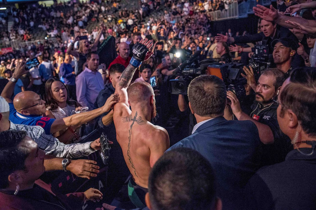 community news, UFC 202 results, recap, and link wrap up: Conor McGregor outlasts Nate Diaz, Anthony Johnson ends Glover Teixeira