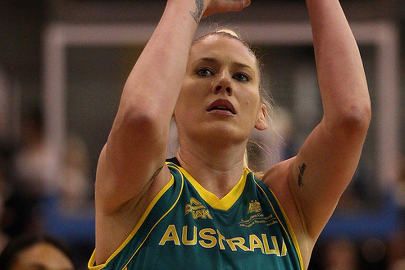 Lauren Jackson - Lauren Jackson Photos - Olympics Day 9