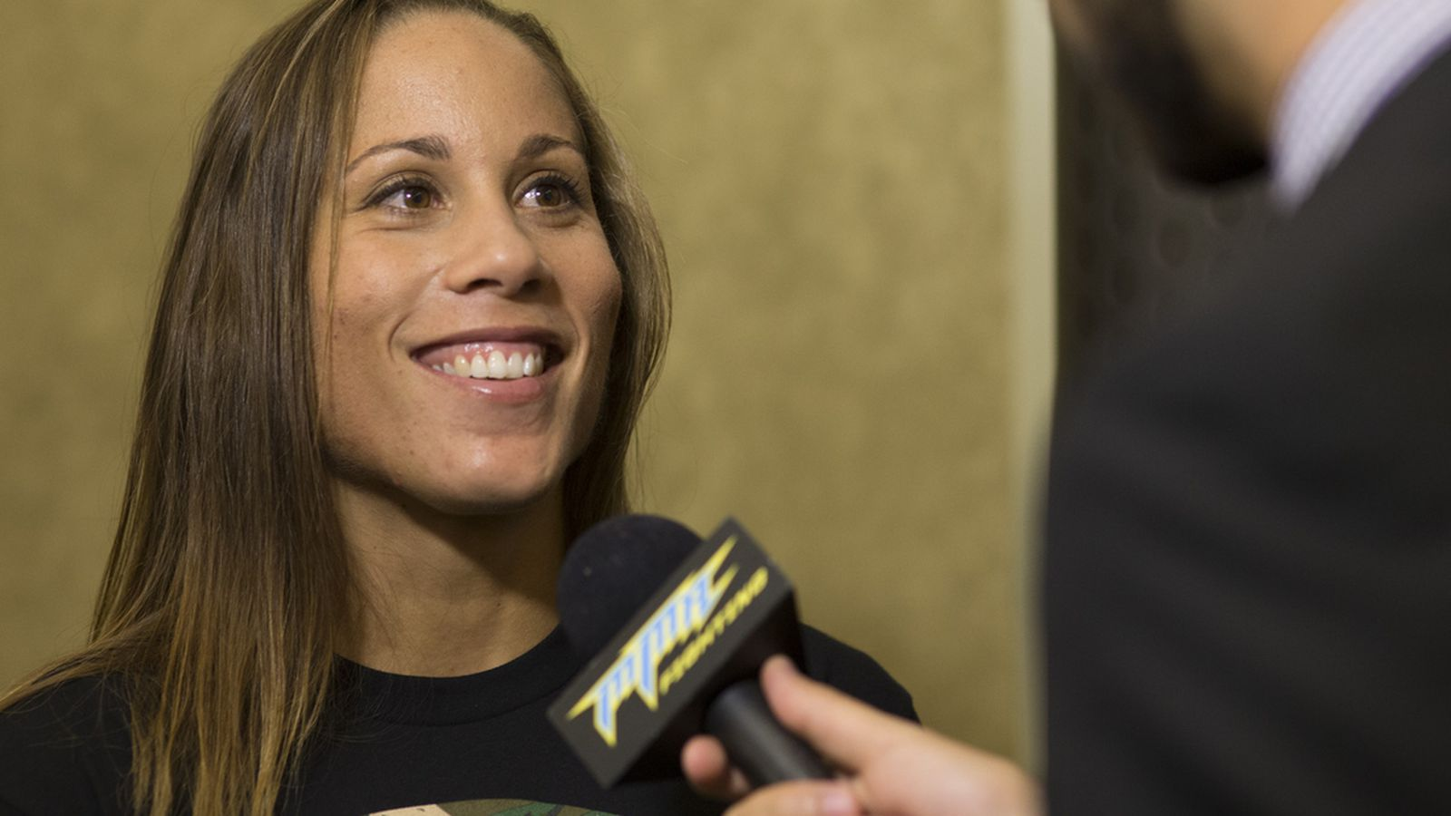 Liz Carmouche Liz Carmouche thinks she39s win one away from Ronda Rousey