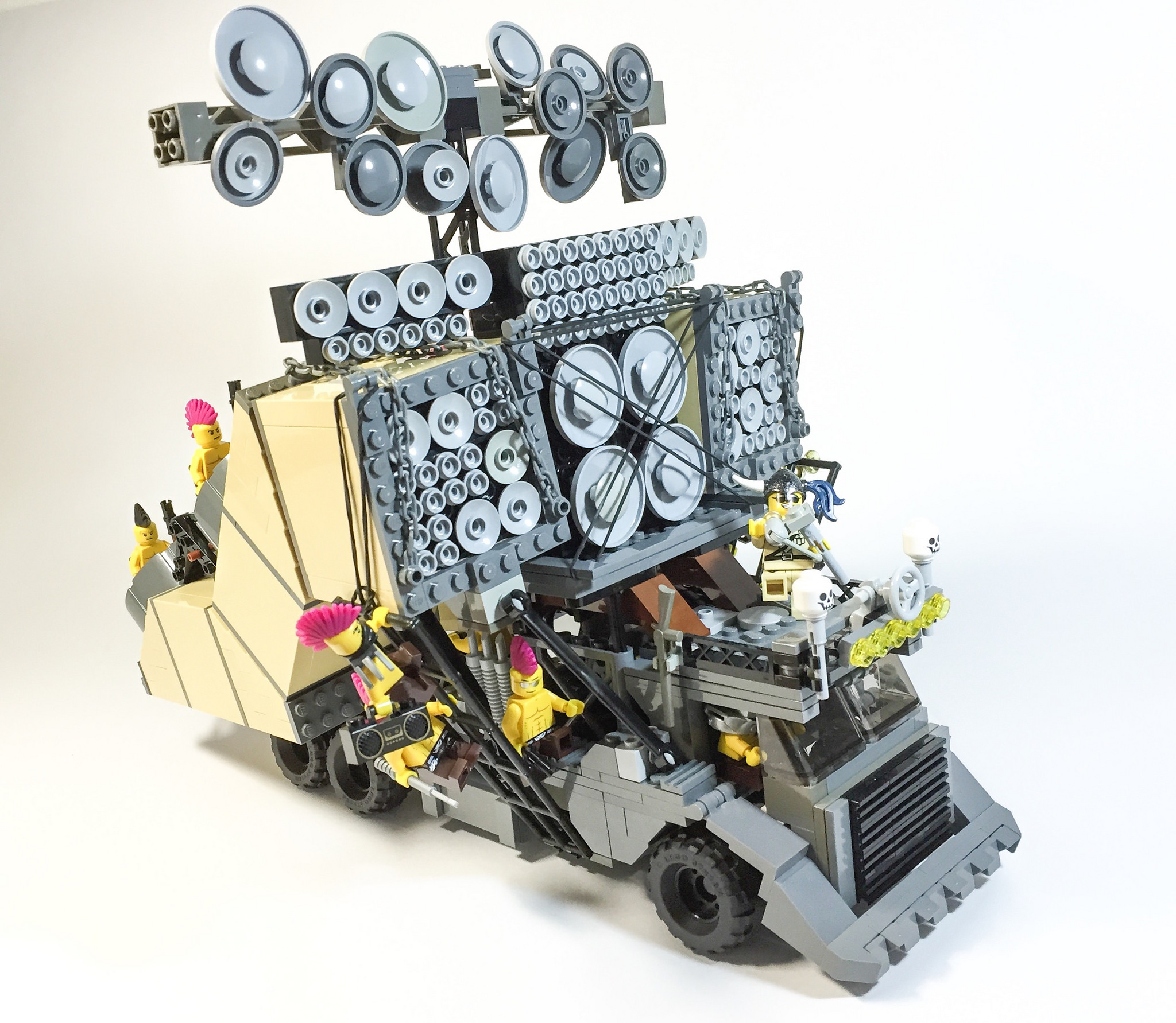 Mad Max S Insane Vehicles Look Awesome In Lego The Verge
