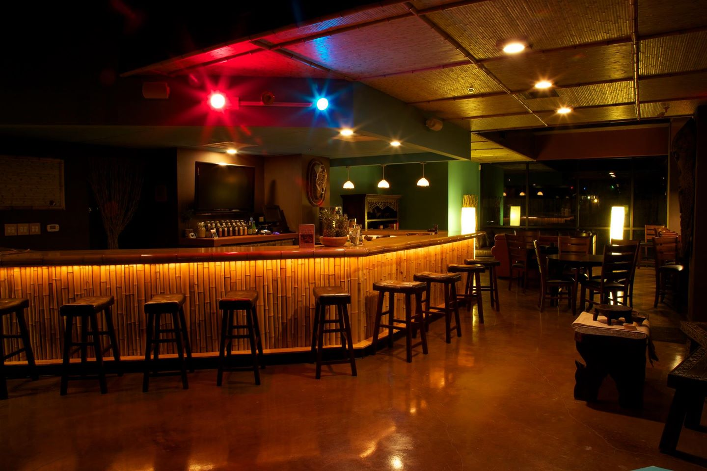 most-popular-club-pubs-and-bars