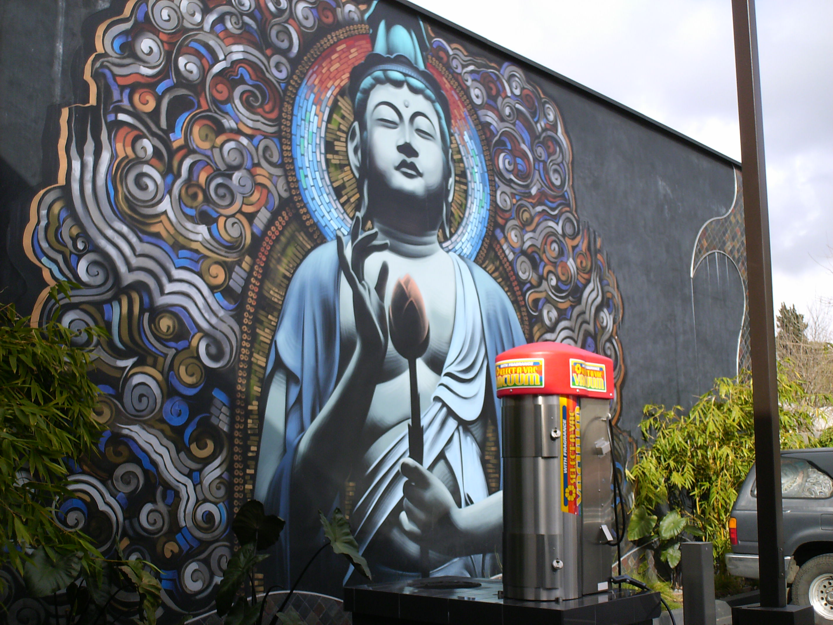 curbedwire blue murals in hollywood mid wilshire 360 south bay curbedwire blue murals in hollywood mid wilshire 360 south bay takes a break