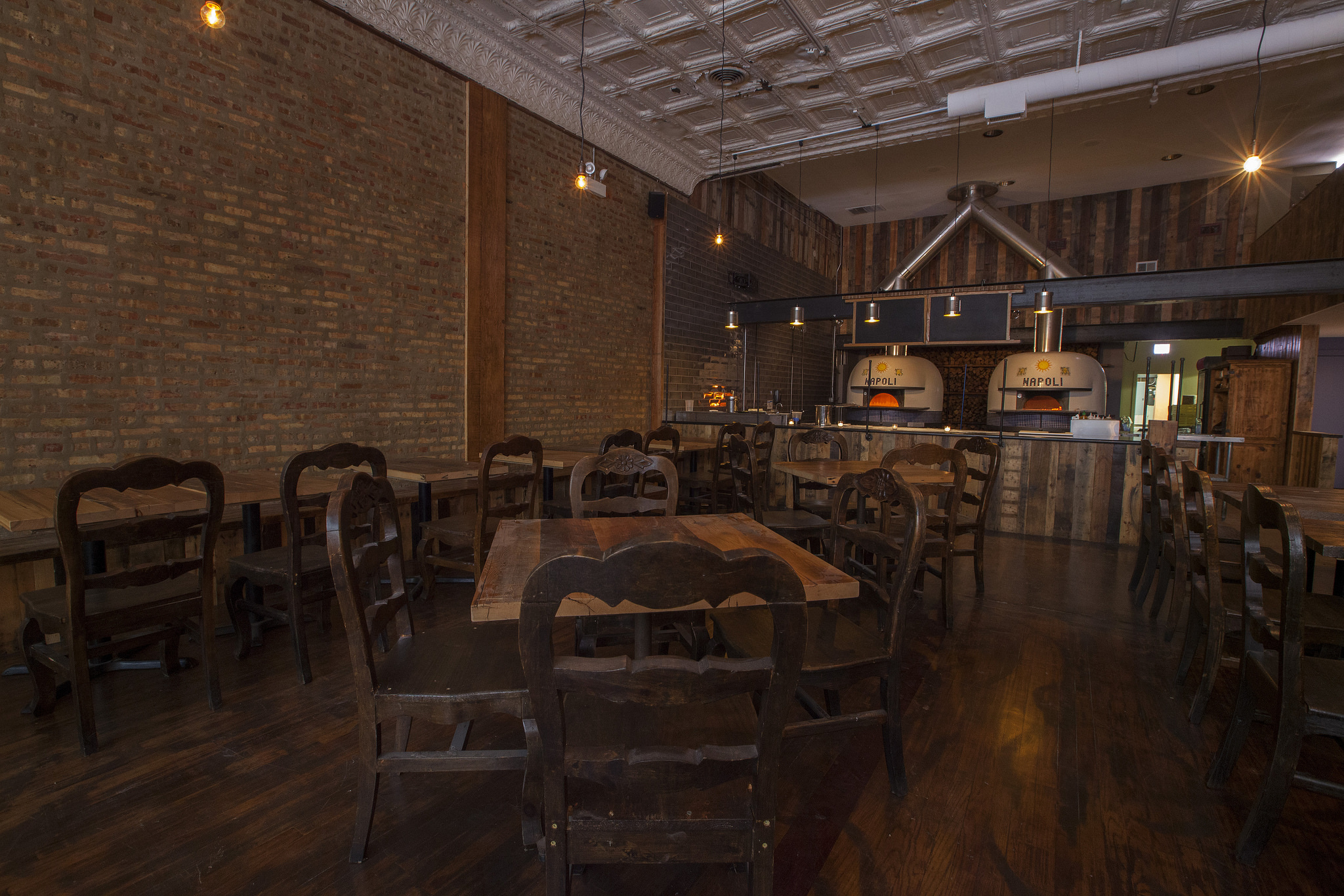 Chicago 39 s restaurant and bar openings spring summer 2016 for Table 52 chicago restaurant
