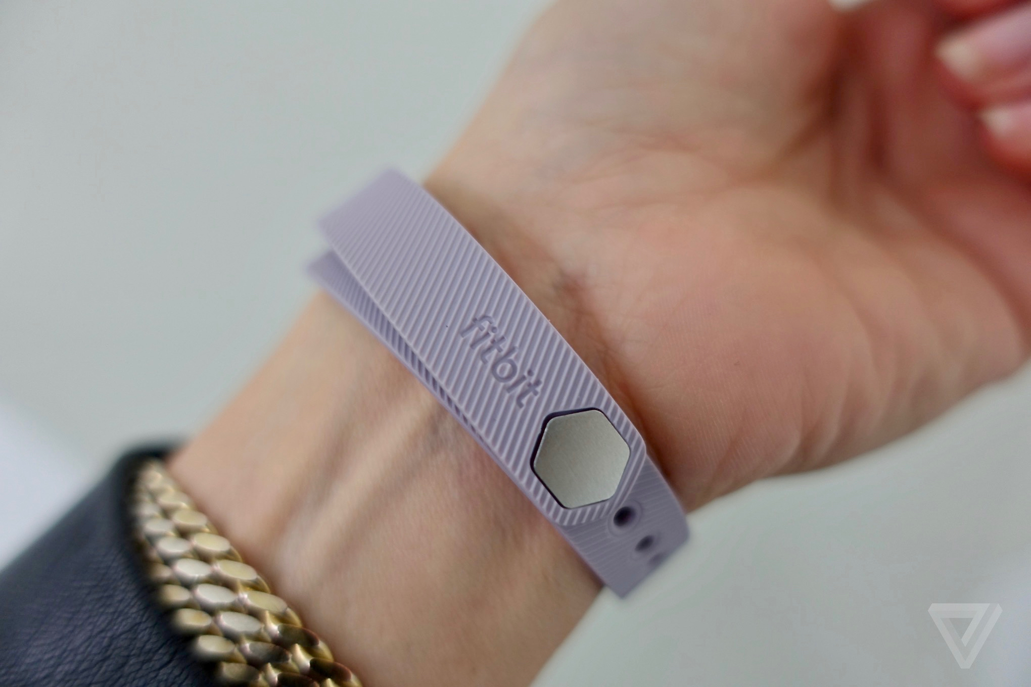 Flex 2 is Fitbit's first 'swimproof' fitness tracker - The ...