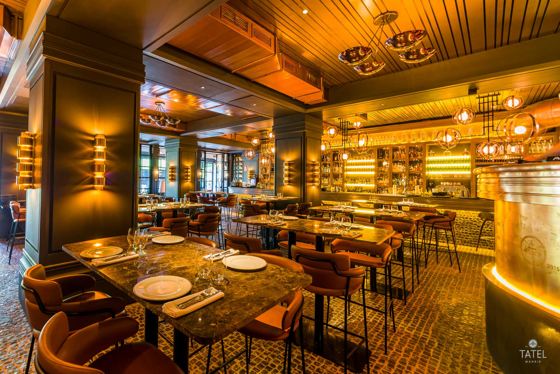 Enrique Iglesias y Rafael Nadal inauguran restaurante en Miami