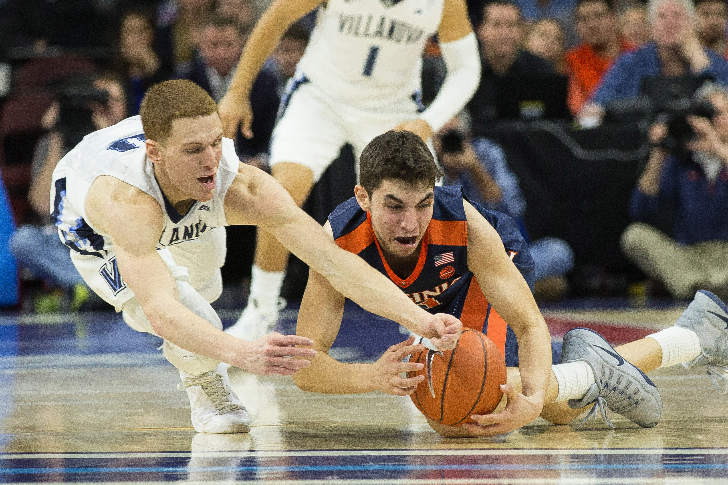 ACC Basketball: Syracuse upsets No. 9 Virginia; Wins fourth straight