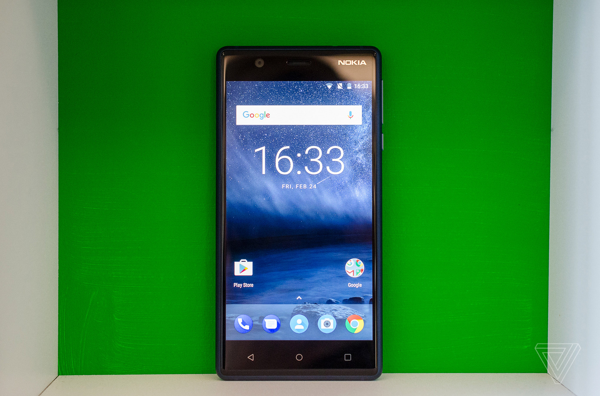 A Look Around the Nokia C7