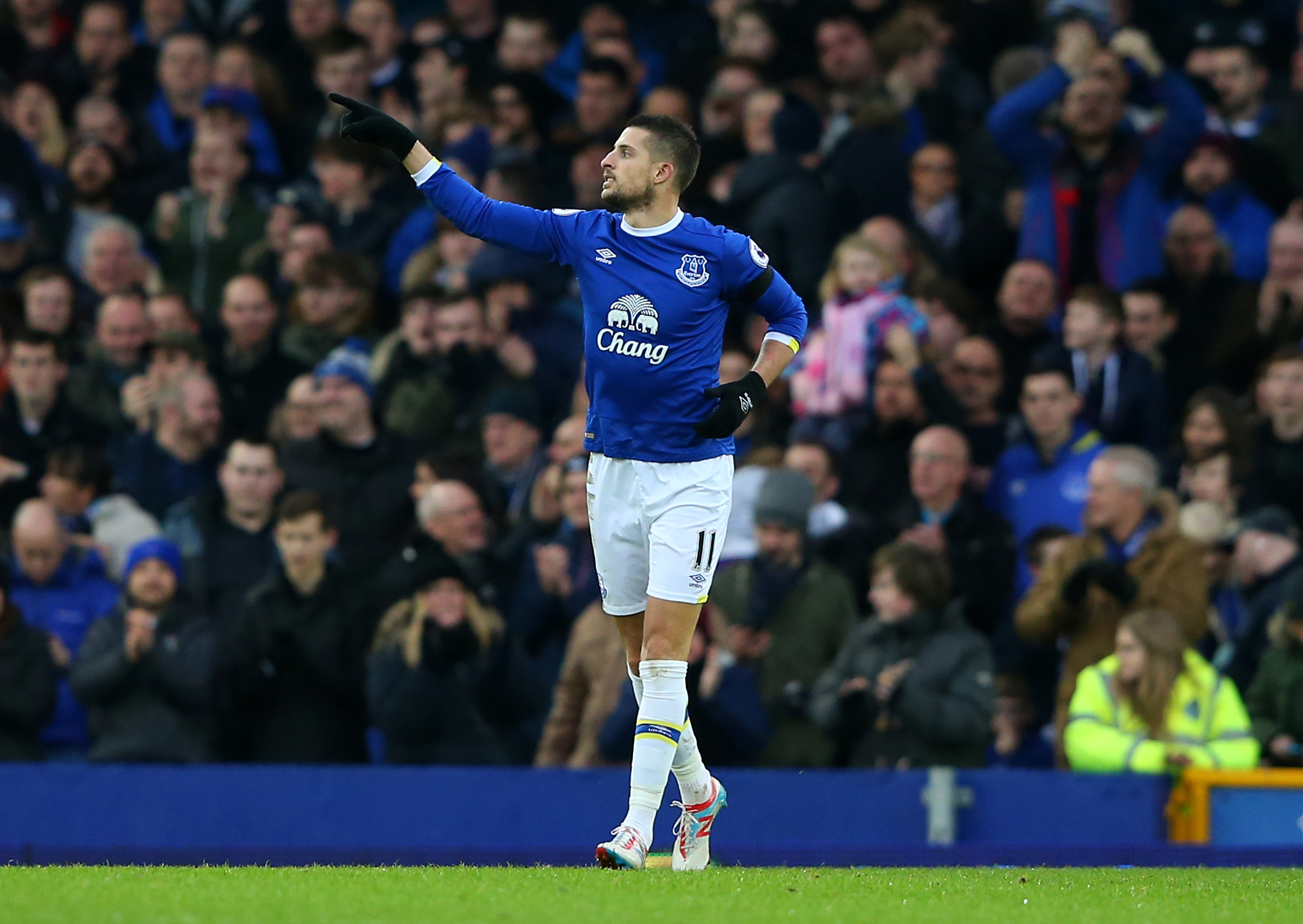 Morgan Schneiderlin tips Ross Barkley to become one of England's best