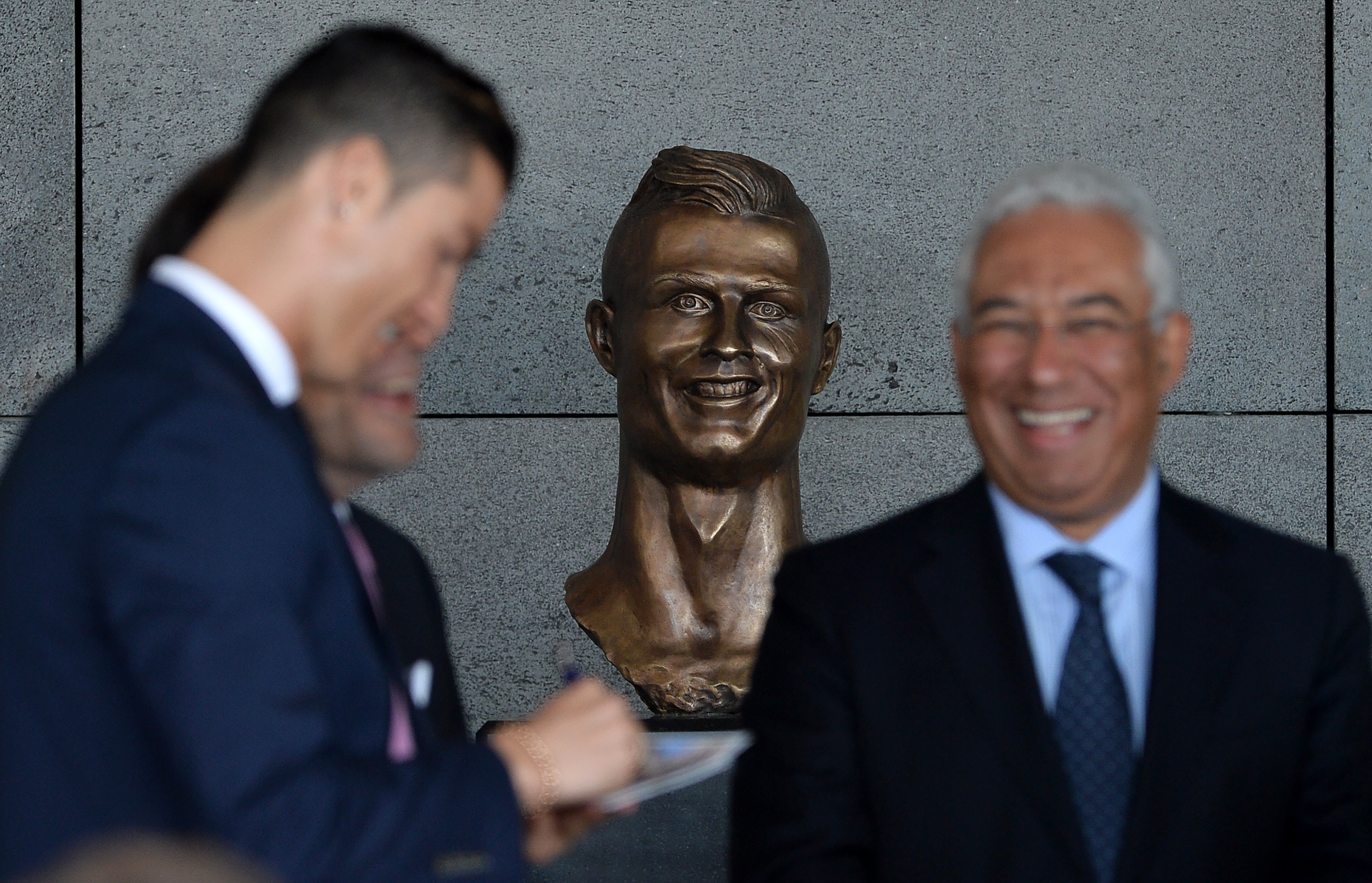 Ceremony at Madeira Airport to rename it Cristiano Ronaldo Airport