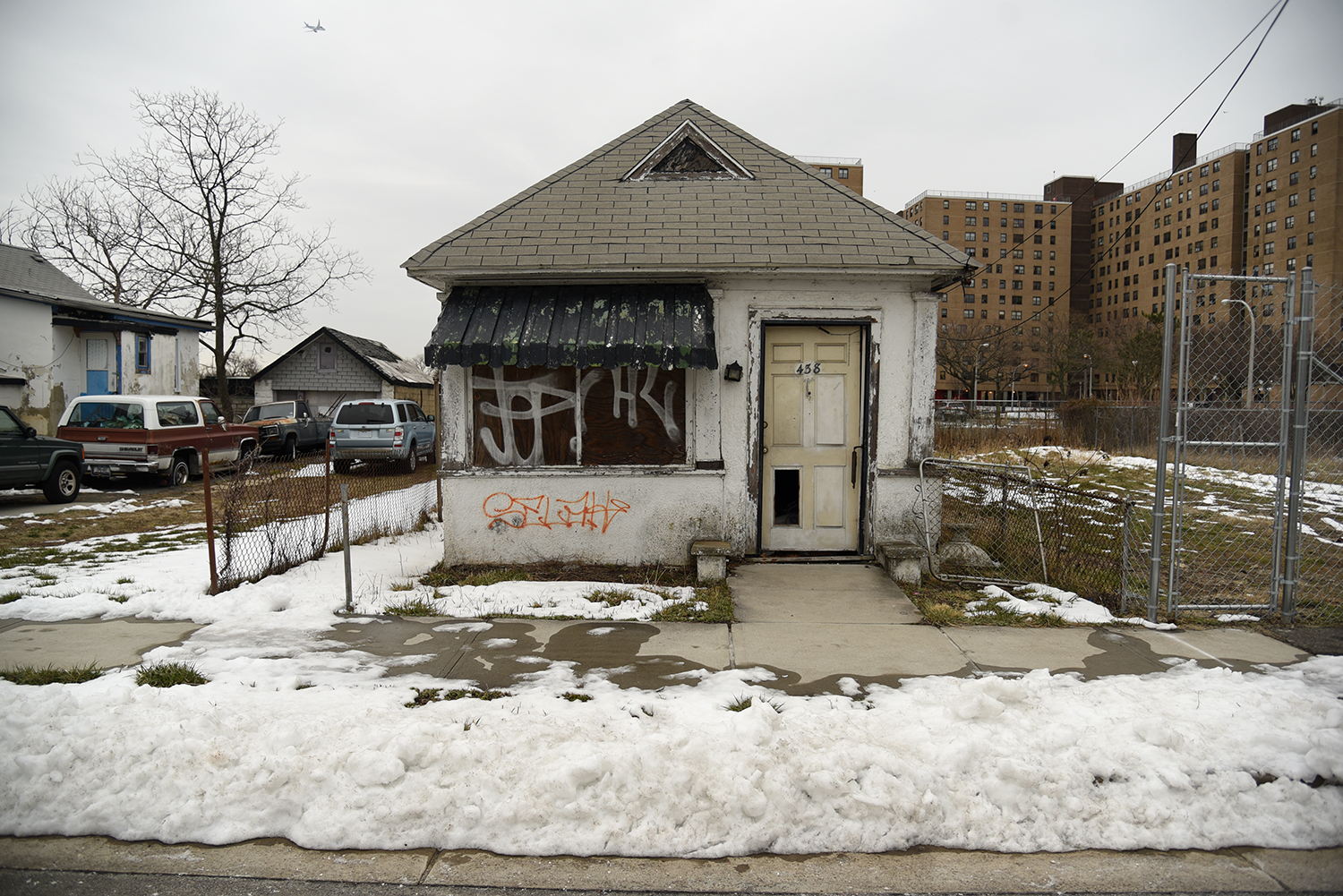 A long neglected queens neighborhood grapples with the for Dream home ny