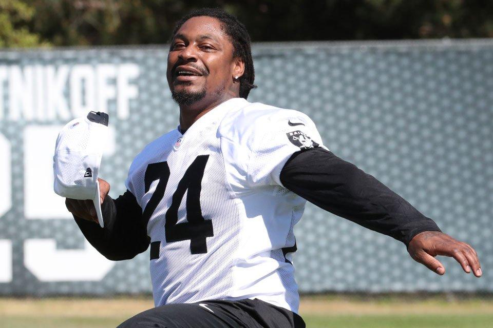 Marshawn Lynch warms up at Raiders offseason workouts Oakland Raiders 641a7cd88