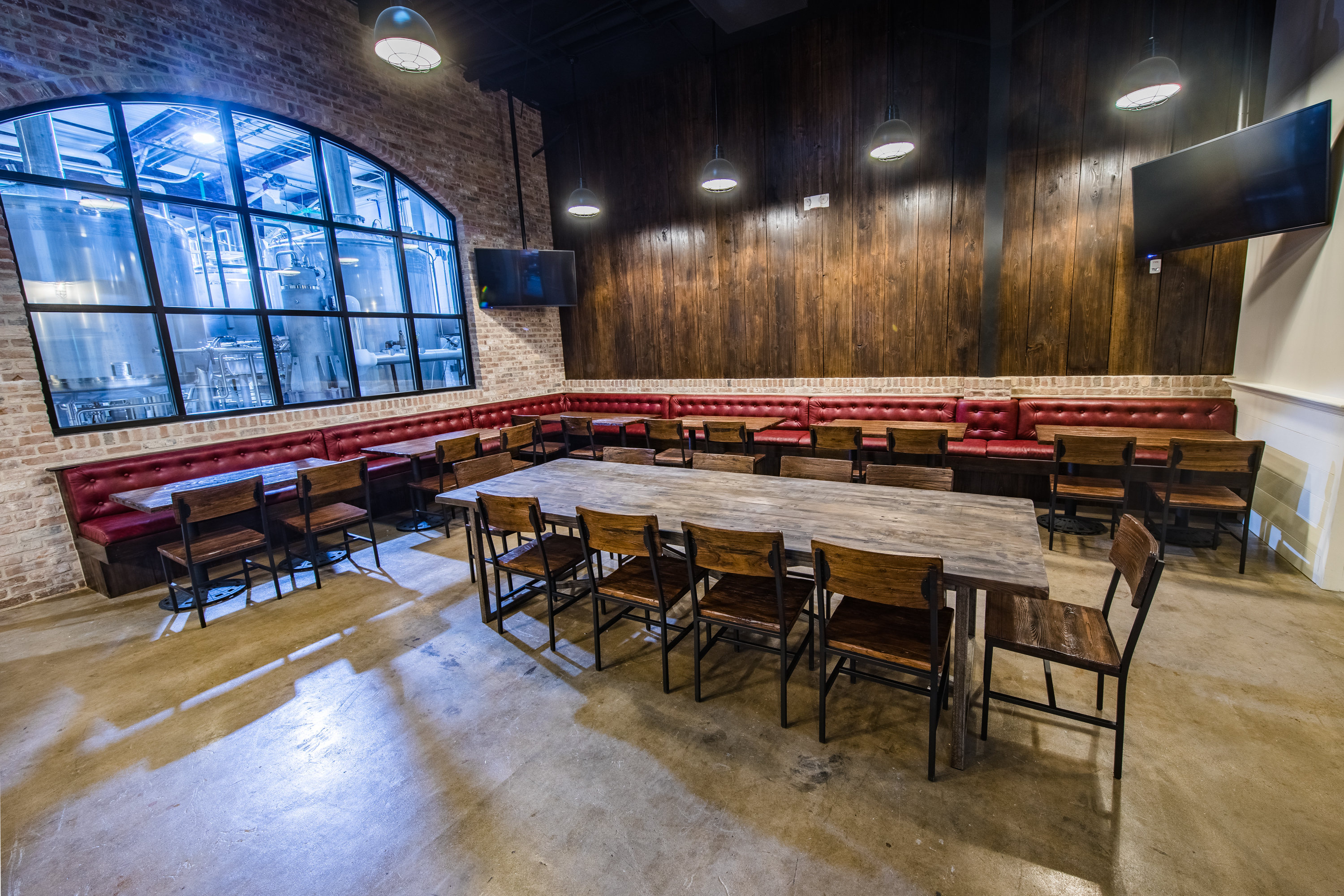 The Design Features Wood, Brick, Red Leather Banquettes, Evoking Old New  Orleans. Josh Brasted