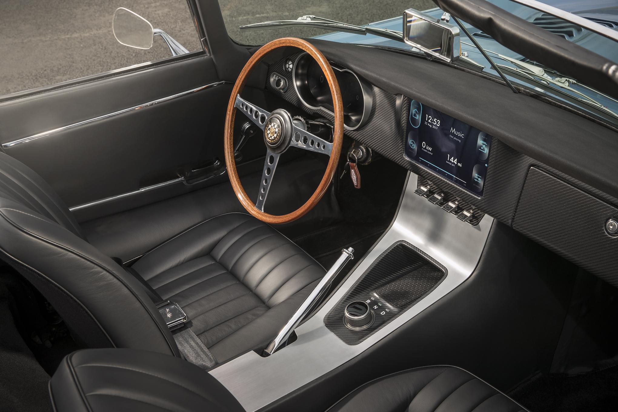 Jaguar E Type Zero Photo: Jaguar Land Rover