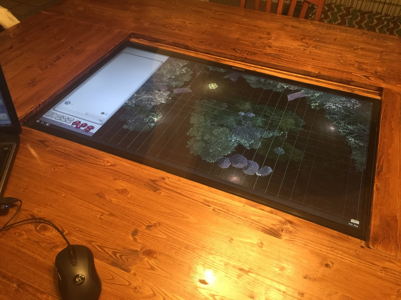 D&D group builds custom digital tabletop with 4K touchscreen - Polygon