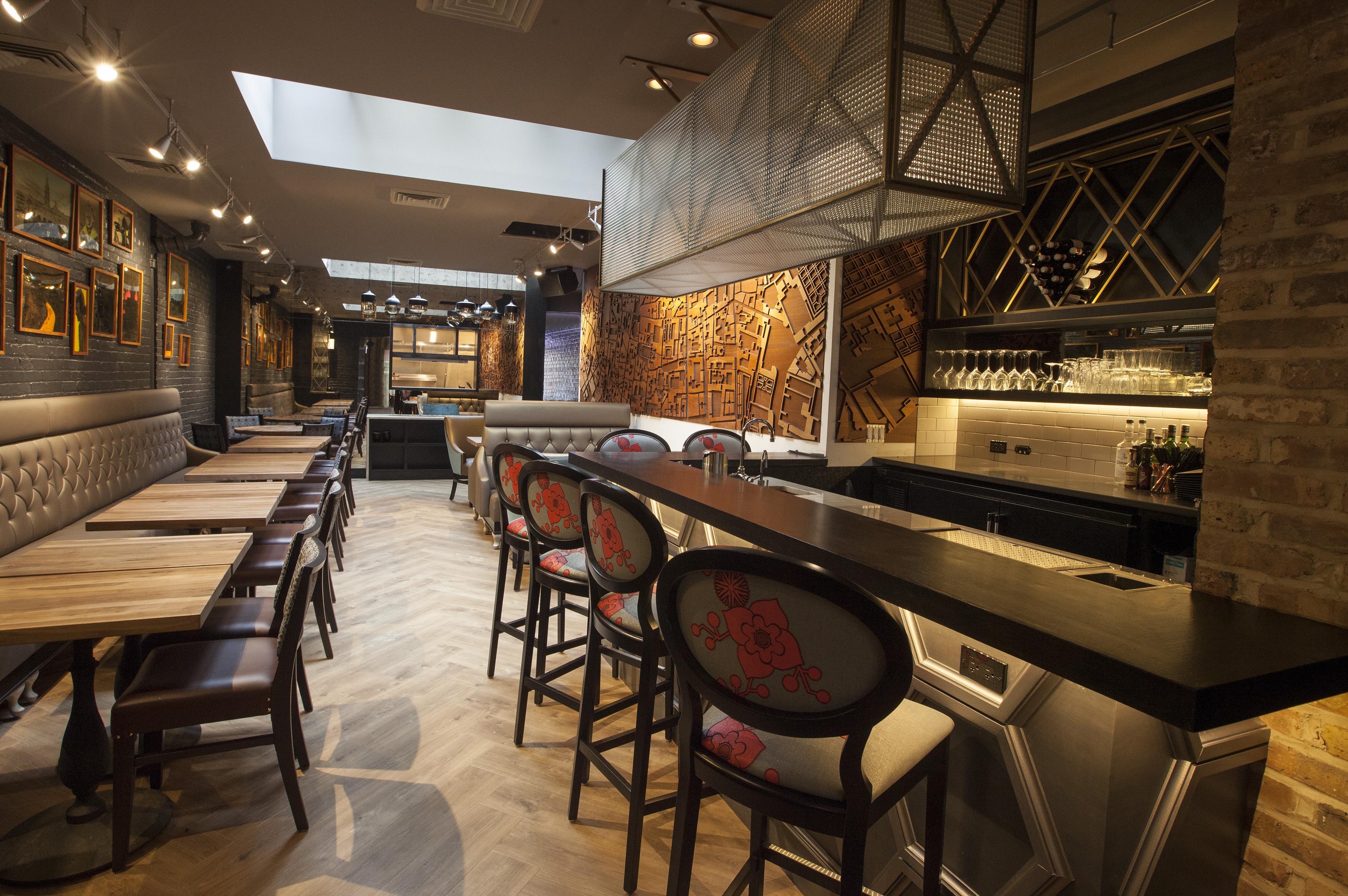 Chicago 39 s 14 hottest late night restaurants summer 2016 for Late night restaurants