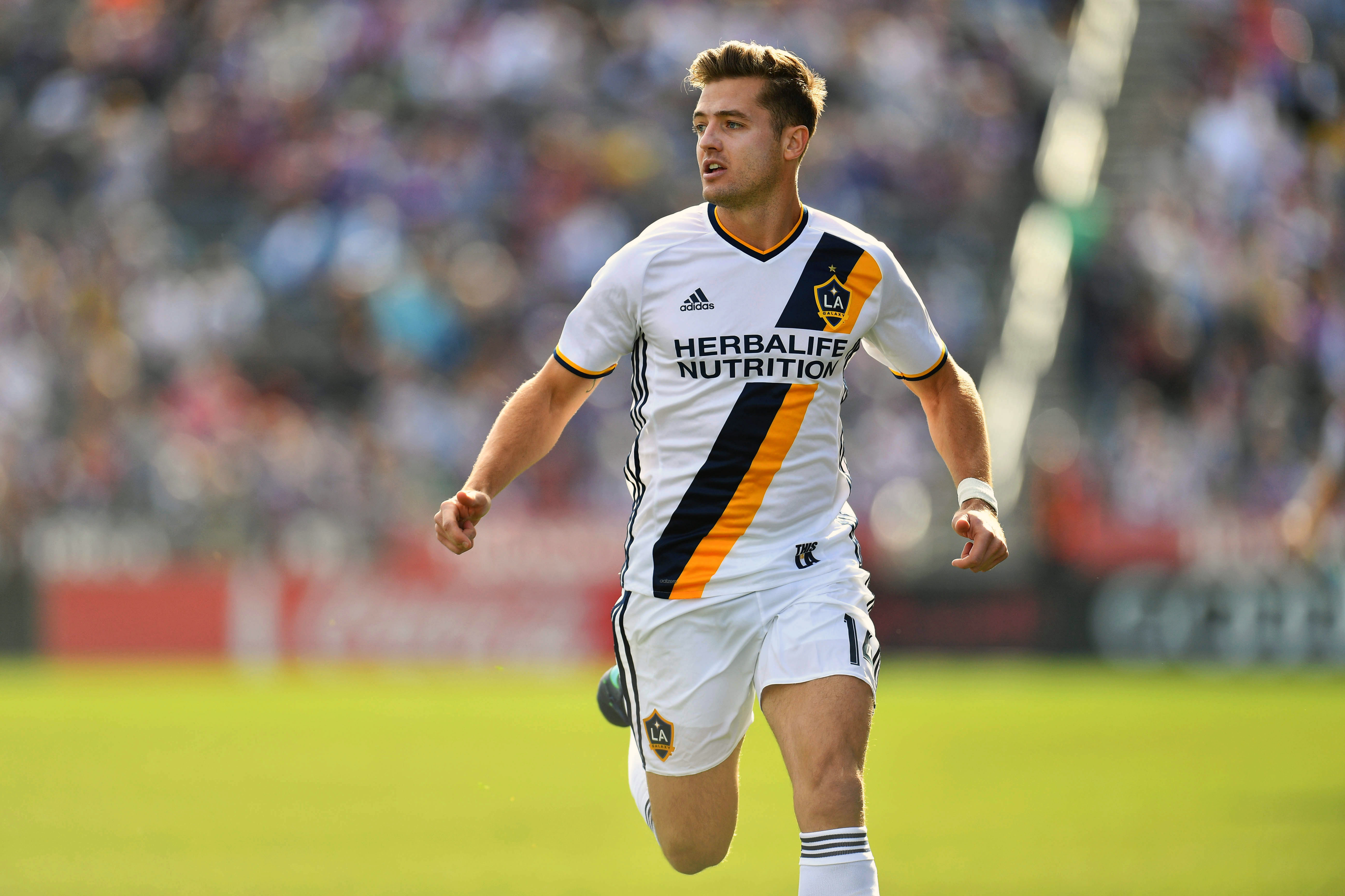Robbie Rogers Bulge Eric Decker gets shirt...