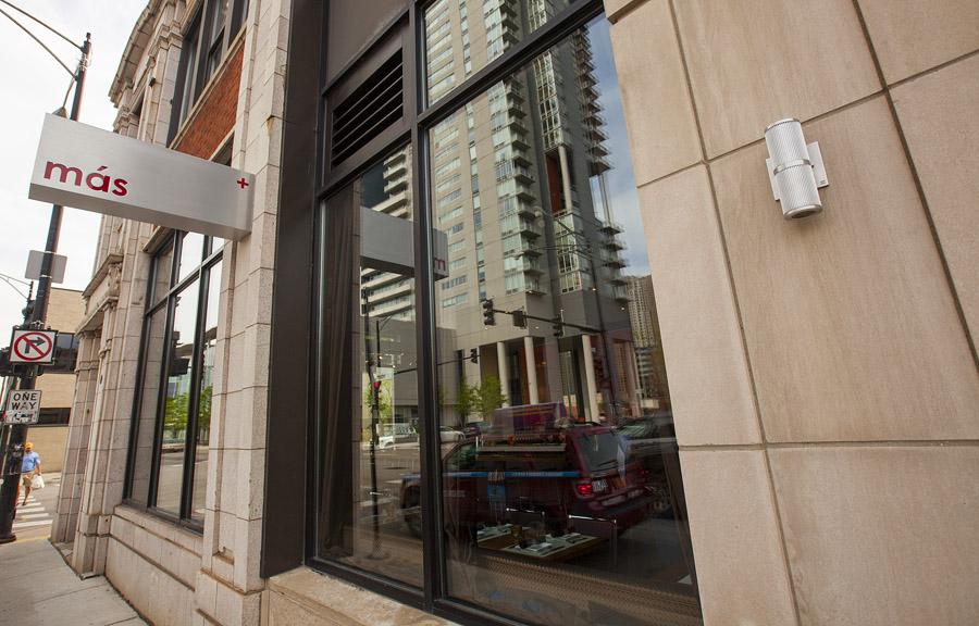 Tour hutch american cafe river north s all day brunch for American cuisine chicago